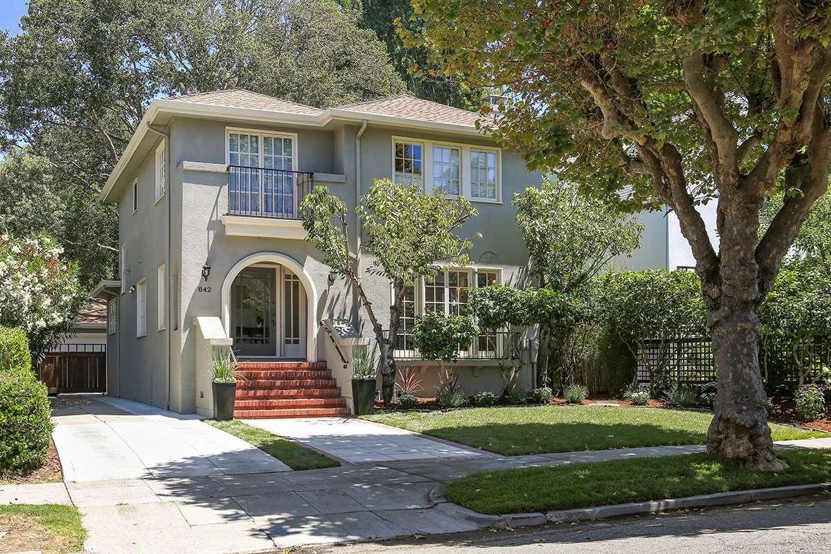 842 Grosvenor Place Oakland, CA